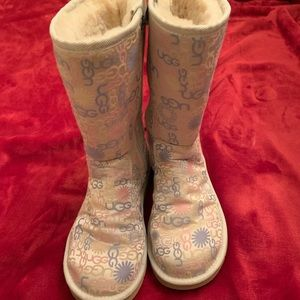 Adorable Ugg boots